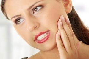 болит челюсть после ушиба