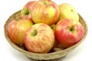 Можно ли при гв есть яблоки