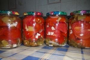 Как посолить помидоры резанные